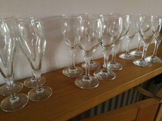 copas de agua, vino y champan