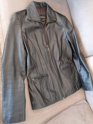 chaqueta negra piel talla 36-38.