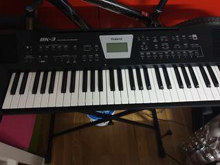 Teclado Roland BK-3 + pedal