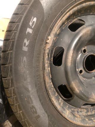185/65/15 pareja de ruedas como nuevas