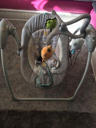 Columpio eléctrico para bebés