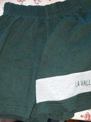 pantalon corto. la vall