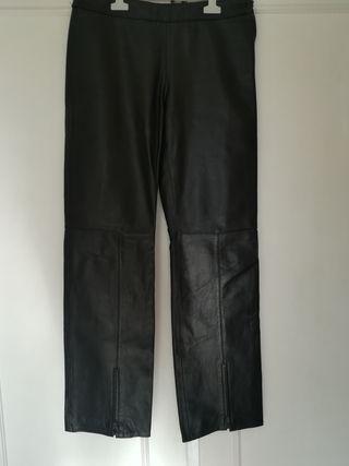 Pantalones cuero