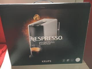 Nespresso essenza mini a estrenar