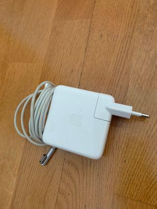 Cargador Apple 60W Magsafe Power Adapter