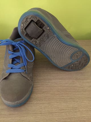 Vendo zapatillas heelys