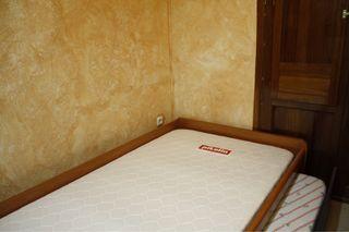 Conjunto dormitorio: mesita, cama nido + armario