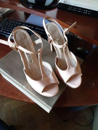 zapatos y cartera