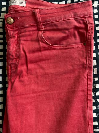 Tejano rojo Trafaluc Zara