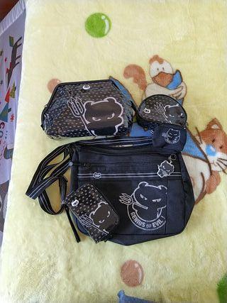 Conjunto bolso y accesorios