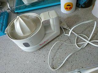 exprimidor eléctrico moulinex
