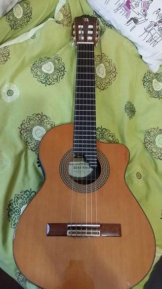 Guitarra acústica Alhambra 5P CW E2