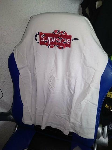 Camiseta Supreme custom