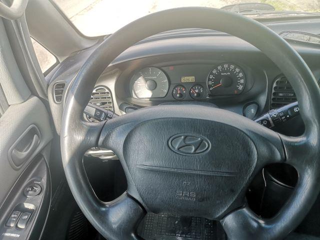 Hyundai H-1 2005