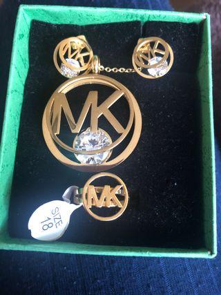 Conjunto MK