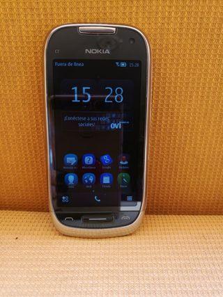 Nokia C7-00. Vodafone.