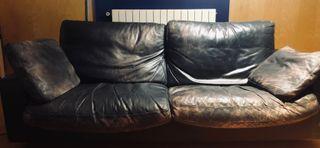 Sofá de piel negro