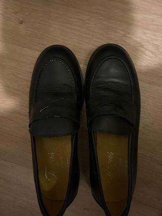 Zapato mocasín azul marino (un solo uso)