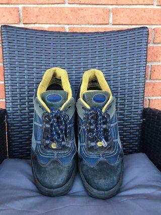 Zapatos seguridad talla 43