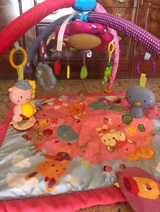 Parque mantita y gimnasio bebé