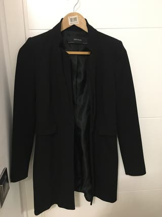 Levita Zara negra