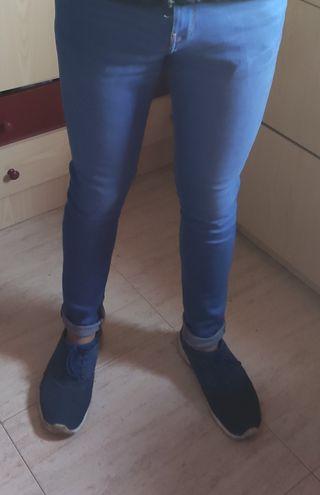 pantalón vaquero super skinny hombre