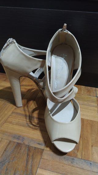 Zapatos tacón, 41