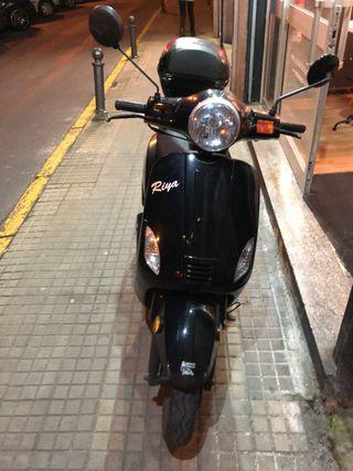 Moto 125 cc Riya Rome