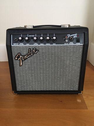 Amplificador guitarra eléctrica Fender