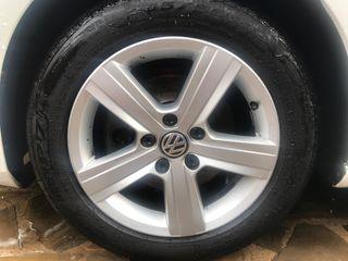 "LLANTAS VW GOLF 7 16"" IMPOLUTAS CON NEUMÁTICOS."