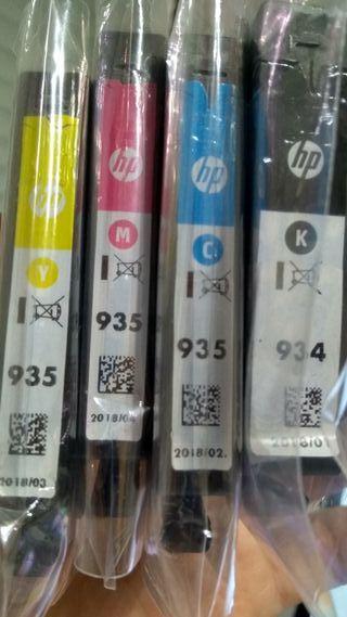 Cartuchos de tinta HP 934 y 935
