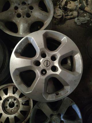 Llanta Opel Astra H