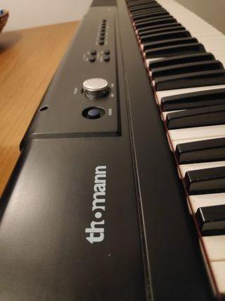 piano Thomann SP 320