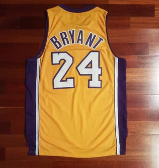 Conjunto Kobe Bryant 24