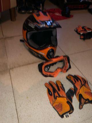 Juego de Casco, gafas y guantes
