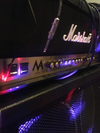 Amplificador de guitarra Marshall MA100H