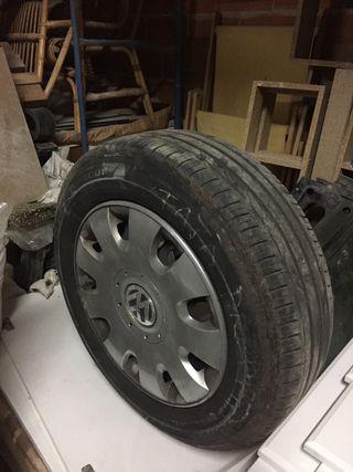 Neumáticos con llanta de hierro W.Touran