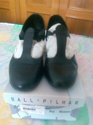 Zapato de baile en piel