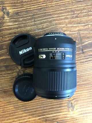 MINT CONDITION NIKON D810 DSLR CAMERA BUNDLE