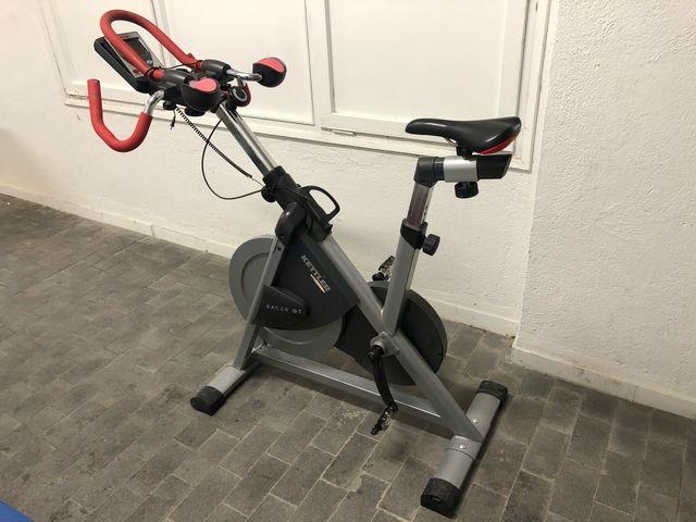 Bicicleta estática KETTLER