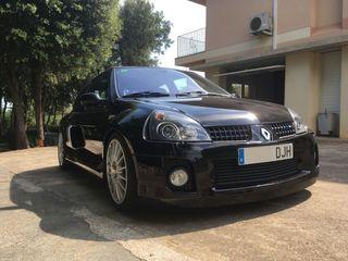 Renault Clio Sport V6 2005