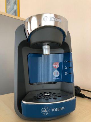 Cafetera Bosch Tassimo Suny con café marcilla