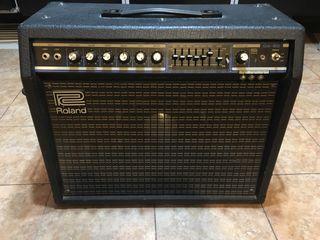 Amplificador de guitarra Roland GA 60