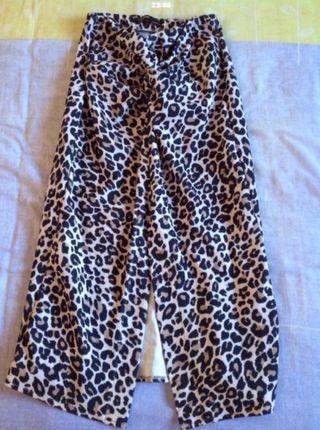 Falda leopardo Pull&Bear nueva / Urge