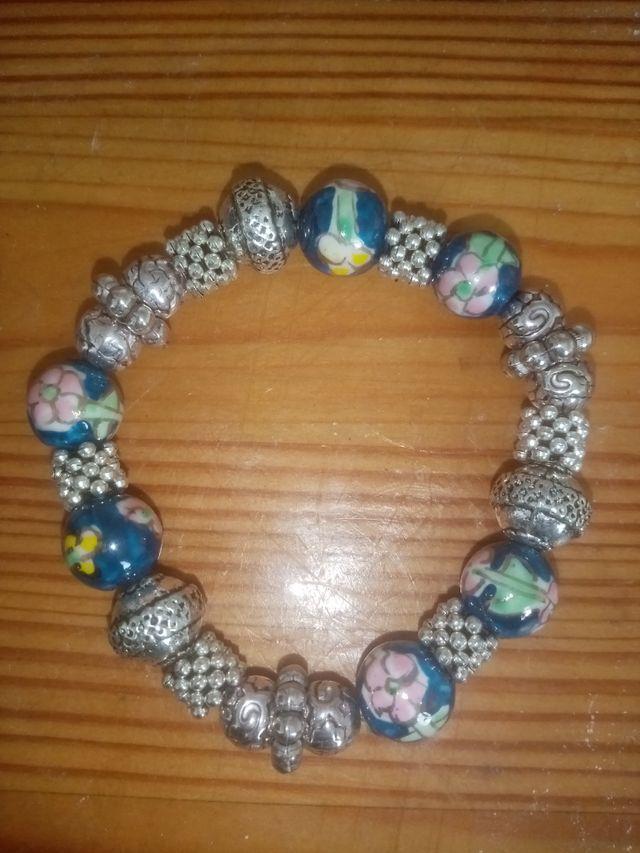 Bracelets and necklaces