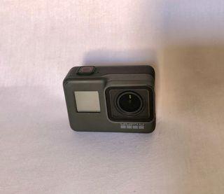 GoPro Hero 5 Black con muchos extras!