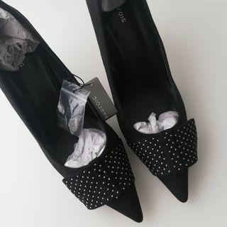 Zapato tacón negro
