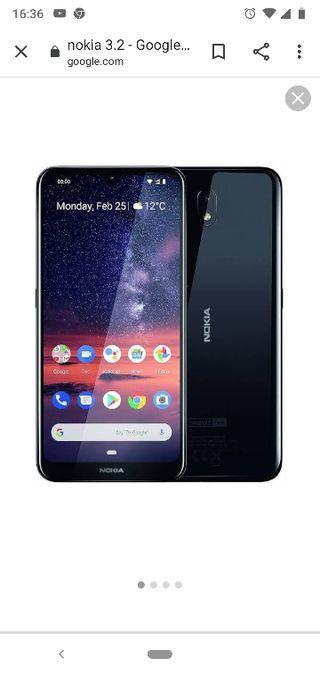 móvil Nokia 3.2 tinta en la pantalla y rasguños