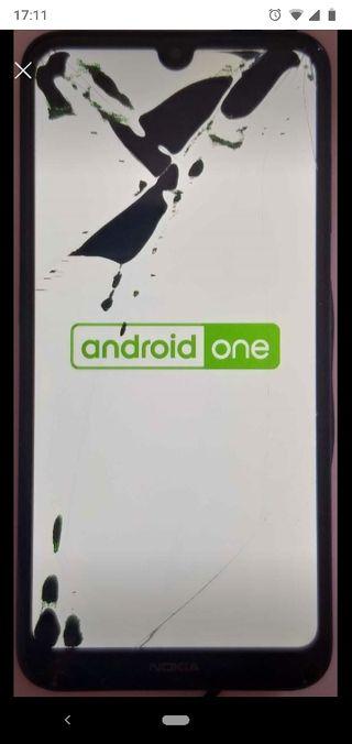 Nokia 3.2 tinta por la pantalla y rasguños