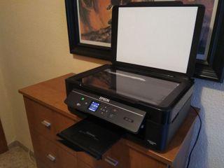 impresora EPSON XP-332 + 26 cartuchos tinta